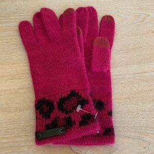 New COACH New York Pink & Animal Print Knit Gloves